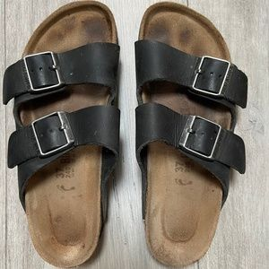 BIRKENSTOCK black leather sandals size 37